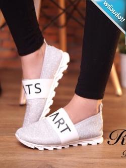 รองเท้าผ้าใบผู้หญิงสีเงิน พื้นเป็นร่อง โลโกtrats ประดับกากเพชร ทรงทันสมัย สวมใส่สบาย แฟชั่นเกาหลี แฟชั่นพร้อมส่ง