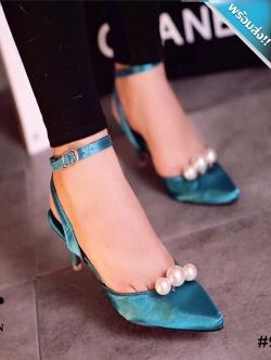 รองเท้าส้นสูงสีเขียว ส้นเข็ม หัวแหลม ประดับมุก มีสายรัดข้อเท้า เข็มขัดปรับระดับได้ กระชับเท้า ใส่แล้วเท้าเรียว แฟชั่นเกาหลี แฟชั่นพร้อมส่ง