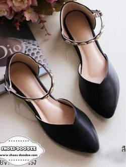 รองเท้าคัทชูสีดำ ส้นแบนสูง1cm. ทรงหัวแหลมปิดหัว เว้าข้าง แบบน่ารักเก๋ๆซับผ้าขนด้านใน เวลาสวมใส่นุ่มมากๆ
