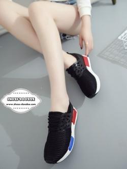 รองเท้าผ้าใบสีดำ สไตล์แบรนด์ดังที่ทำให้Shopที่สยามแตกมาแล้ว เป็นที่นิยมของดารา เซเลปทั่วโลก