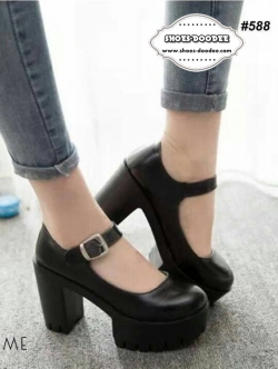 รองเท้าส้นสูงสีดำ วัสดุทำจากหนังพียู แบบสววยใส่สบาย หลังสูง4นิ้ว หน้าสูง2นิ้ว นน.เบา
