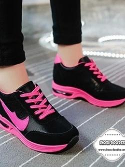 รองเท้าผ้าใบสีชมพู แฟชั่นเสริมส้น สไตล์เกาหลี แบบขายดี ตัดขอบด้วยสีสวยสดใสสะดุดตา แฟชั่นเกาหลี แฟชั่นพร้อมส่ง