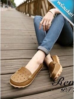 รองเท้าผ้าใบผู้หญิงสีน้ำตาล รูเฟอร์หนังเจาะรู แบบสวม โชว์ลายตะเข็บ ทรงทันสมัย เหมาะกับวัยรุ่น แฟชั่นเกาหลี แฟชั่นพร้อมส่ง