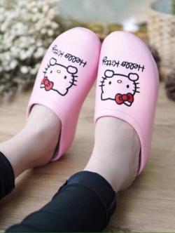 รองเท้าแตะเพื่อสุขภาพลายคิตตี้ (สีชมพูอ่อน)
