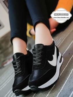 รองเท้าผ้าใบสีขาว แฟชั่นเสริมส้น สไตล์เกาหลี แบบขายดี ตัดขอบด้วยสีสวยสดใสสะดุดตา แฟชั่นเกาหลี แฟชั่นพร้อมส่ง