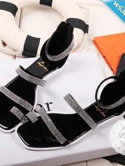 รองเท้าแตะผู้หญิงสีดำ รัดส้น ประดับเพชร มีซิปหลังส้น โชว์นิ้วเท้า สวมใส่สบาย ดูดีมีราคา แฟชั่นเกาหลี แฟชั่นพร้อมส่ง