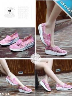 รองเท้าผ้าใบผู้หญิงสีชมพู เสริมส้น ผ้าลูกไม้ แบบสวม ระบายอากาศได้ดี สวมใส่สบาย นุ่มสบายเท้า แฟชั่นเกาหลี แฟชั่นพร้อมส่ง