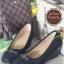 รองเท้าคัทชูส้นเตารีด หัวตัด แต่งอะไหล่สีรมควัน (สีดำ )