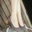 รองเท้าคัทชูส้นตัน ทรงหัวแหลม แต่งส้นสีทอง (สีเทา )
