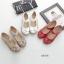รองเท้าคัทชูเพื่อสุขภาพ หัวกลม แต่งดอกไม้ (สีครีม) thumbnail 2