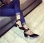 รองเท้าคัทชูส้นสูง รัดข้อเท้า แต่งหมุด (สีดำ ) thumbnail 5