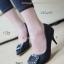 รองเท้าคัทชูส้นสูง หัวแหลม แต่งคริสตัล (สีดำ )