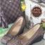 รองเท้าคัทชูส้นเตารีด หัวตัด แต่งอะไหล่สีรมควัน (สีกากี )