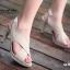 รองเท้าส้นสูงรัดส้น หน้าไขว้ หนังกำมะหยี่ (สีครีม) thumbnail 2