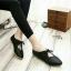 รองเท้าคัทชูส้นเตี้ย หัวแหลม แบบผูกเชือก (สีดำ ) thumbnail 2