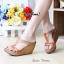 รองเท้าส้นเตารีดทรงสวม เว้าข้าง เล่นสีทูโน (สีครีม ) thumbnail 3
