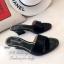 รองเท้าแตะส้นสูง หนังเงาวิ้ง (สีดำ ) thumbnail 2