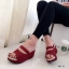 รองเท้าส้นเตารีดแบบสวม สไตล์ลำลอง หนังนิ่ม (สีแดง ) thumbnail 2