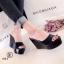 รองเท้าส้นเตารีดแบบสวม วัสดุพลาสติก (สีดำ ) thumbnail 2