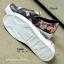รองเท้าผ้าใบผู้หญิง พื้นยาง พิมพ์ลายดอกไม้ (สีดำ ) thumbnail 2
