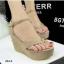 รองเท้าส้นเตารีดแบบรัดข้อ สักหราด (สีครีม ) thumbnail 3