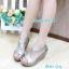 รองเท้าส้นเตารีด ทรงรัดส้น ดีไซน์เว้าข้าง (สีเทา ) thumbnail 2