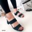 รองเท้าส้นสูงแบบสวม สายคาด2สาย หนังกลับ (สีเขียว ) thumbnail 2
