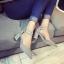 รองเท้าคัทชูส้นสูง รัดข้อเท้า แต่งหมุด (สีเทา ) thumbnail 4