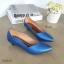 รองเท้าคัทชูส้นเตี้ย หัวแหลม ขอบหยัก (สีน้ำเงิน) thumbnail 2