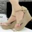 รองเท้าส้นเตารีดแบบรัดข้อ สักหราด (สีครีม ) thumbnail 6