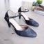 รองเท้าส้นสูงรัดส้น ตะขอเกี่ยว หนังลายตาราง (สีดำ) thumbnail 3