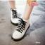 รองเท้าบูทสไตล์เท่ห์ แนววินเทจ (สีขาว) thumbnail 2