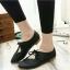 รองเท้าคัทชูส้นเตี้ย หัวแหลม แบบผูกเชือก (สีดำ ) thumbnail 4