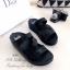 รองเท้าแตะทรงสวม สายไขว้ติดเพชร (สีดำ ) thumbnail 2