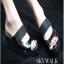 รองเท้าส้นเตารีด ไตล์CrezyStep ปั้มลายนูน (สีดำ )