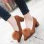 รองเท้าคัทชูส้นสูง หัวแหลม แต่งขนมิ้งค์ (สีน้ำตาล) thumbnail 4