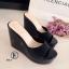รองเท้าส้นเตารีดแบบสวม วัสดุพลาสติก (สีดำ ) thumbnail 3