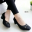 รองเท้าคัทชูหัวตัด หนังนิ่มบุฟองน้ำ (สีดำ)