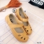รองเท้าคัทชูหนังแท้ ด้านหน้าฉลุลาย (สีมัสตาร์ด ) thumbnail 2