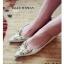 รองเท้าคัทชูส้นเตี้ย หัวแหลม สไตล์Christian louboutin (สีทอง ) thumbnail 3