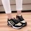 รองเท้าผ้าใบสีดำ-ทอง STYLE ADIDAS (สีทอง) thumbnail 2