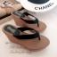 รองเท้าแตะส้นเตารีด ทรงคีบ ขอบหยัก (สีดำ ) thumbnail 3