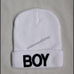 หมวกไหมพรมสีขาว