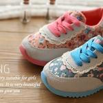 ❤❤S59 : รองเท้าผ้าใบเด็กผู้หญิง ลายดอกไม้ ❤❤
