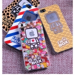 iPhone 4 / 4s, iPhone 5- เคสแข็งลาย Mr.Box [Pre-Order]