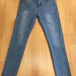 กางเกงยีนส์ยืดเอวสูง เป็นกางเกงยีนส์แฟชั่นมาแรง ขาตนิดหน่อย สวยแท่ห์ ราคาถูก ส่งฟรี EMS
