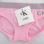กางเกงในผู้หญิง CK สีชมพู ขอบลายถี่ ปัก logo ckที่ด้านหน้าข้างซ้าย