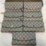 กระเป๋าสตางค์ Gucci Emilie ใบยาว ลายโมโนแกรม ช่องการ์ดหน้า 2พับ ด้านในสีสด เกรดพรีเมี่ยมคะ
