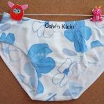 กางเกงชั้นในสตรี Calvin Klein สีขาว ลายดอกไม้สีฟ้า