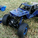 รถไต่หิน1/10 4WD1
